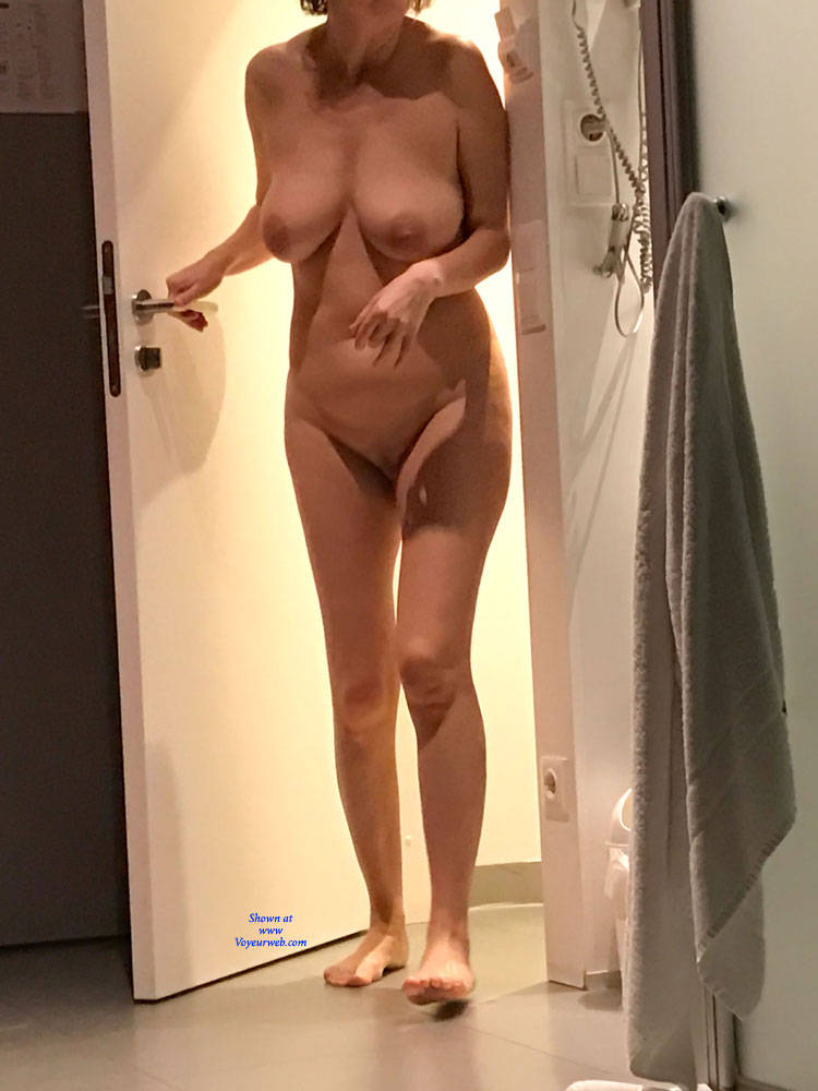 Amateur candid nude wife
