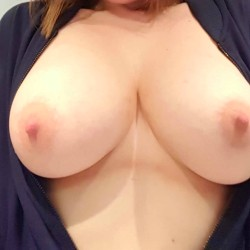 My large tits - 34DDxx