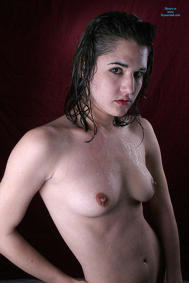 Pic #3 Oiled On Red - Brunette, Natural Tits