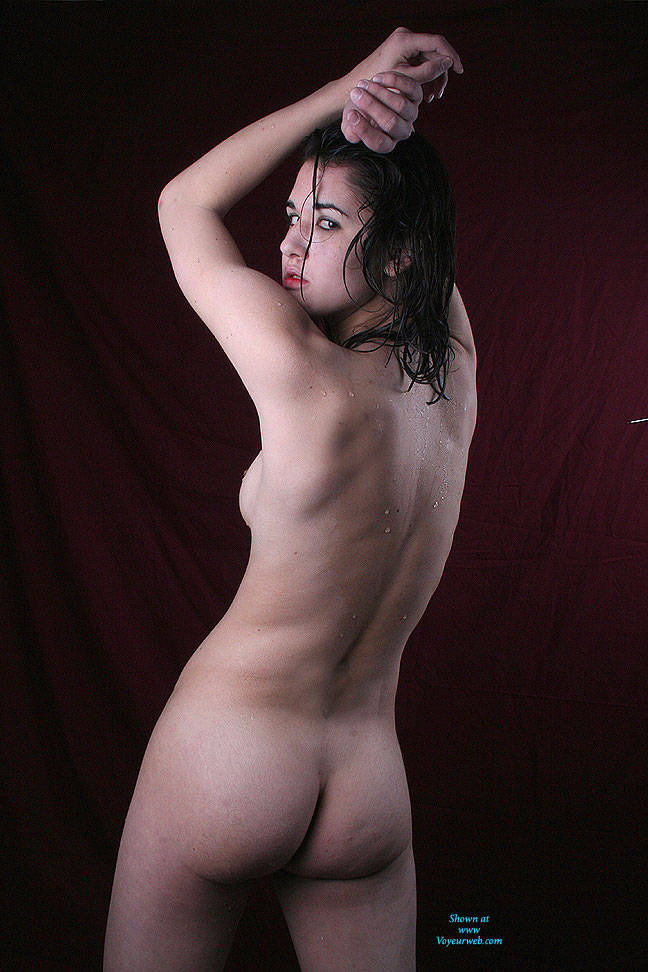 Pic #5 Oiled On Red - Brunette, Natural Tits