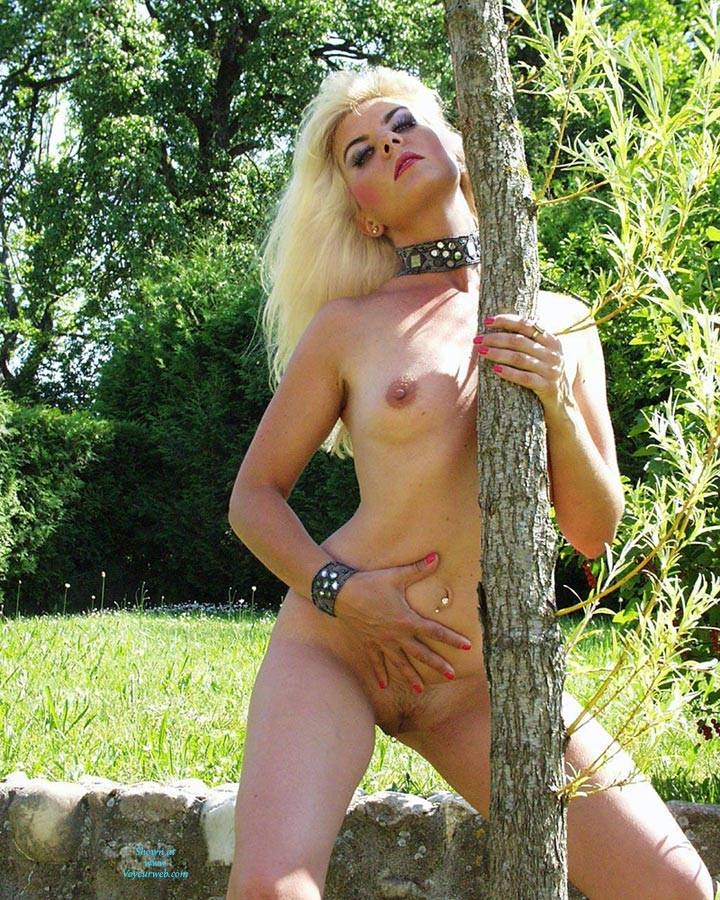 Pic #3 Exposed Web Slut - Coco French Blonde - Nude Girls, Blonde, European And/or Ethnic