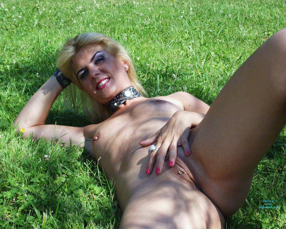 Pic #9 Exposed Web Slut - Coco French Blonde - Nude Girls, Blonde, European And/or Ethnic