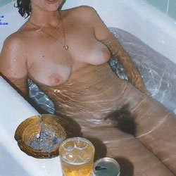 Wife Exposing - Nude Wives, Big Tits, Bush Or Hairy, Amateur