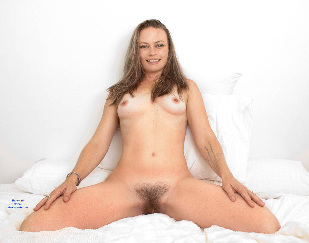 Pic #5 Most Surprising - Bush Or Hairy, Amateur, Nude Girls