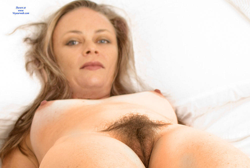 Pic #8 Most Surprising - Bush Or Hairy, Amateur, Nude Girls