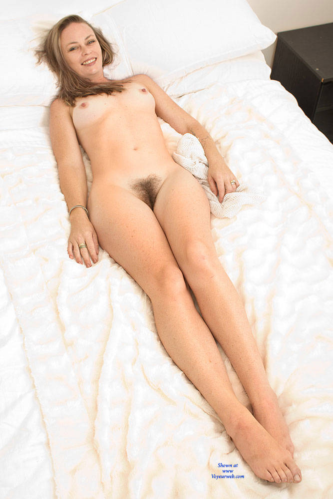 Pic #7 Most Surprising - Bush Or Hairy, Amateur, Nude Girls