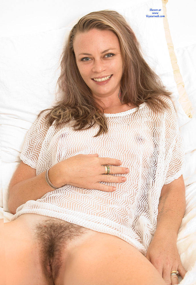 Pic #2 Most Surprising - Bush Or Hairy, Amateur, Nude Girls