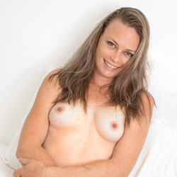 Most Surprising - Bush Or Hairy, Amateur, Nude Girls