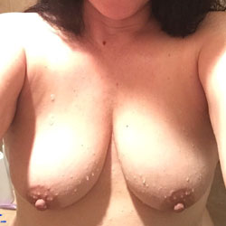 Sweet Ass MILF - Nude Amateurs, Big Tits