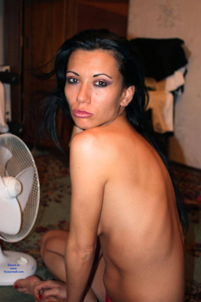 Pic #2 Amateur MILF Ramona Pt 1 - Brunette, Latina, Amateur