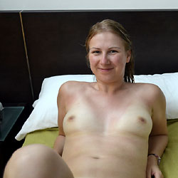 Apologise, amateur wife natural blowjob agree, very