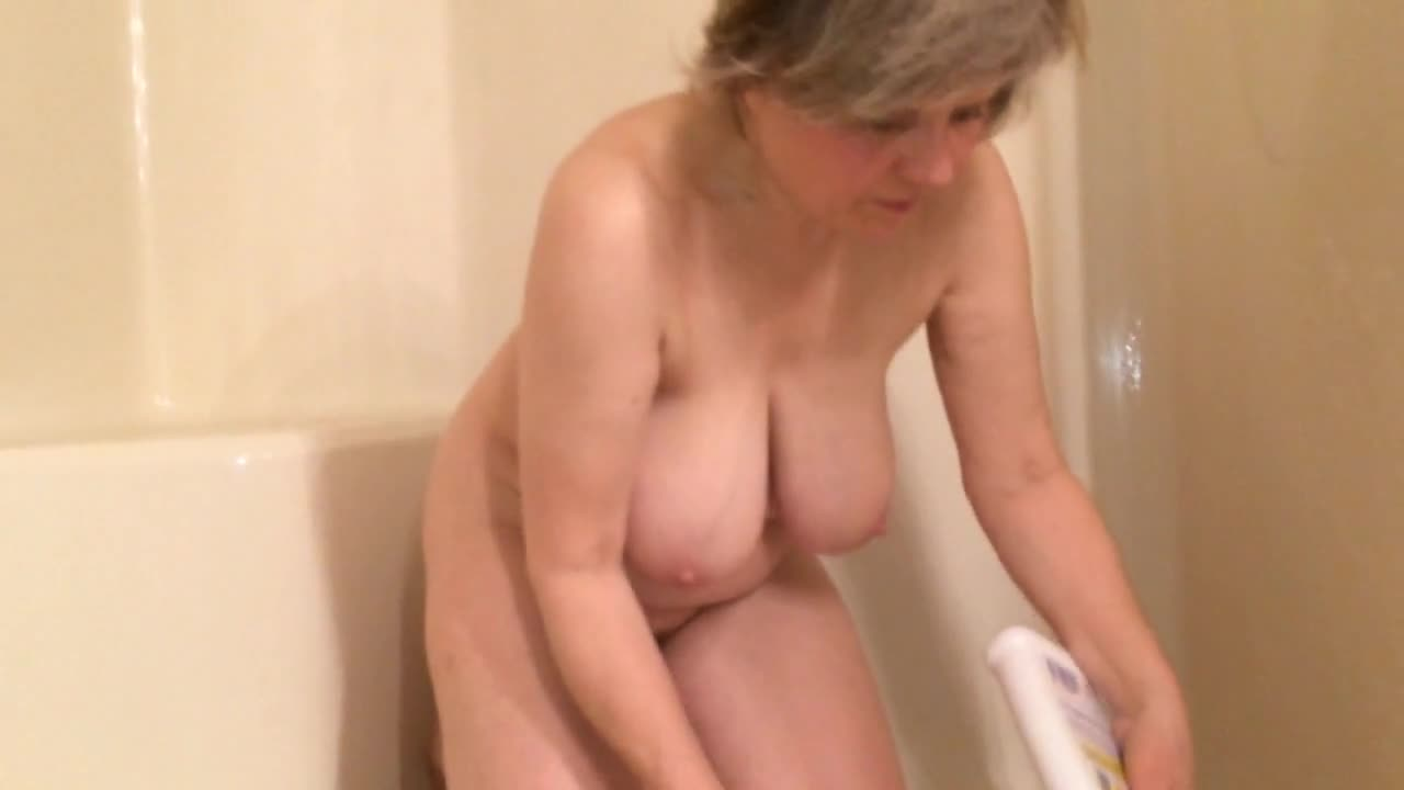 Mature Amateur Big Boobs