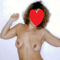 Beautiful Memories 4 - Nude Amateurs, Big Tits, Bush Or Hairy