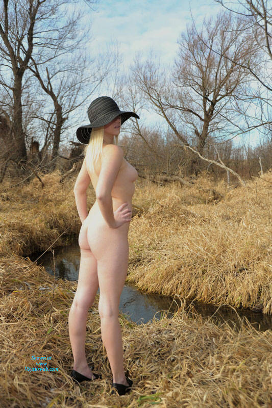 Pic #5 Frosty Morning Along The Trail - Nude Girls, Blonde, High Heels Amateurs, Outdoors, Nature, Firm Ass
