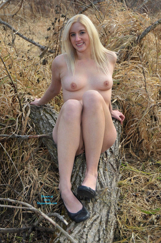 Pic #4 Frosty Morning Along The Trail - Nude Girls, Blonde, High Heels Amateurs, Outdoors, Nature, Firm Ass