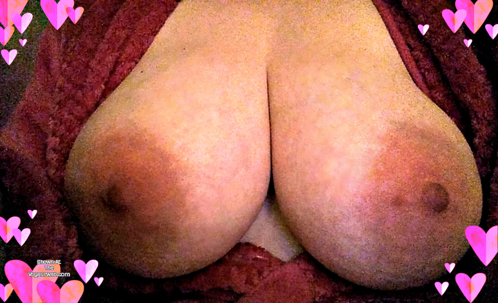 Pic #1 Large tits of my wife - Diane