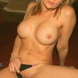 Valentine Fun - Topless Amateurs, Big Tits, Lingerie