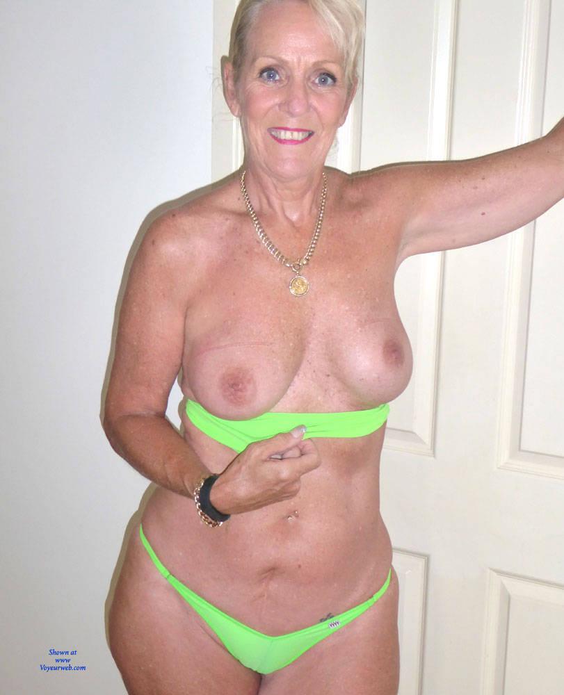 Free hairless anal pics