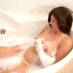 Petula's Dream Of Lena - Nude Girls, Big Tits, Brunette, Girl On Girl, Redhead, Shaved, Softcore, Girls Kissing