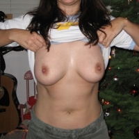 Large tits of my wife - portugusestits