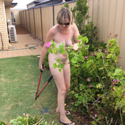 Nude Gardening - Nude Girls, Outdoors, Amateur