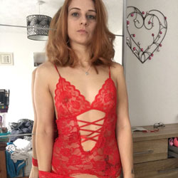 Feeling Hot - Lingerie, Amateur
