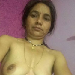 Indian Bhabi - Big Tits, Shaved, European And/or Ethnic