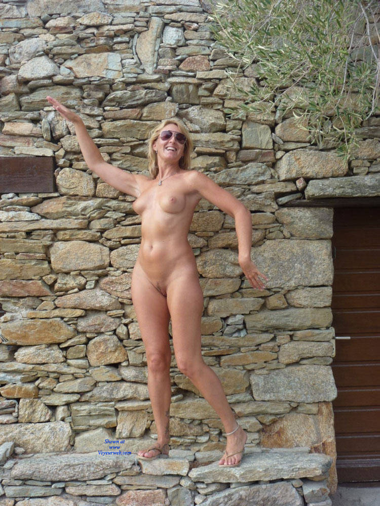 Naked Blonde Woman's Outdoor Pose - March, 2017 - Voyeur ...