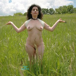 Posing In The High Grass - Nude Girls, Big Tits, Brunette, Outdoors, Nature, Public Exhibitionist, Public Place, Pussy