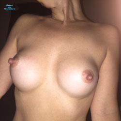 The Greatest Tits - Topless Girls, Big Tits, Amateur, Long Nipples