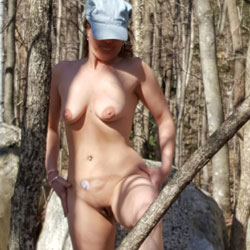 Milf Outdoors - Nude Girls, Big Tits, Outdoors, Shaved, Nature, Amateur