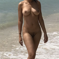 La Playa - Nude Girls, Beach, Big Tits, Outdoors, Amateur