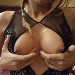 Black Lingerie ... And Very HOT - Big Tits, Lingerie, Toys, Shaved
