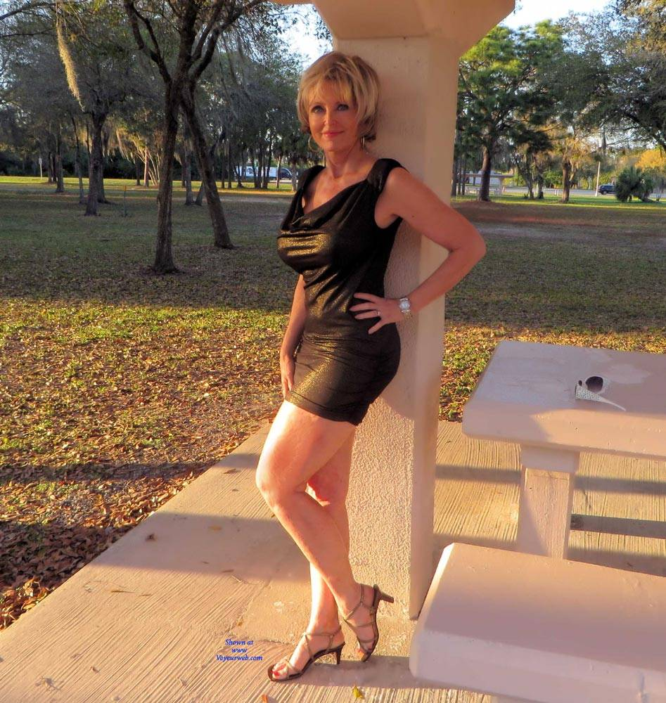Pic #1 Posing At Rest Stop - Big Tits, Blonde, High Heels Amateurs, Outdoors, Shaved, Firm Ass, Sexy Wives, Flashing Tits, Mature Pussy
