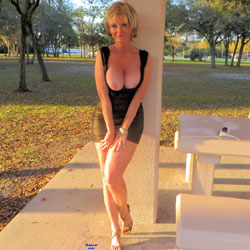 Posing At Rest Stop - Big Tits, Blonde, High Heels Amateurs, Outdoors, Shaved, Firm Ass, Sexy Wives, Flashing Tits, Mature Pussy