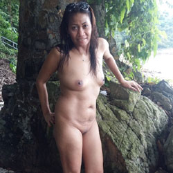 hongkong-naked-girlsh-hot-pics-galleries-drunk-and-passed-out-mature-woman-getting-fucked