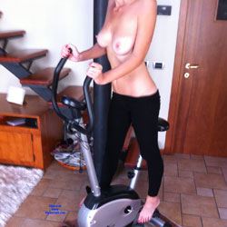 Gymnastic - Nude Girls, Big Tits