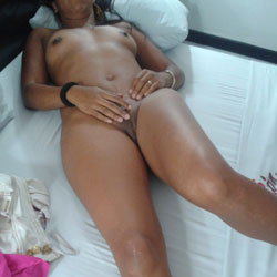 Casa 2 - Nude Girls, Shaved, Amateur