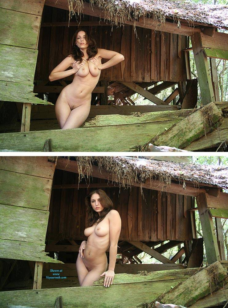 girls with big bushes nude