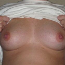 My medium tits - Redhot