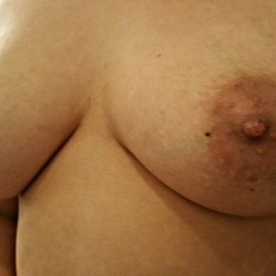 Medium tits of my wife - Mysexywifey
