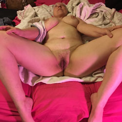 Casey Is Hot - Nude Amateurs