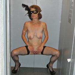 Hot Show - Nude Amateurs, Big Tits, High Heels Amateurs, Lingerie, Shaved
