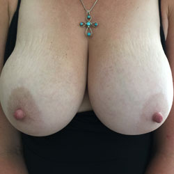 Dressing Like A Hotwife Slut - Topless Wives, Big Tits, Amateur