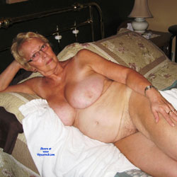Belle - Nude Amateurs, Big Tits, Mature, Bush Or Hairy
