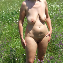 Wife - Nude Wives, Big Tits, Outdoors, Shaved, Amateur