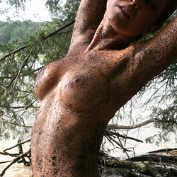 Sandy Shore - Nude Girls, Big Tits, Outdoors