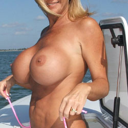 Boating At The Beach - Nude Girls, Big Tits, Outdoors, Shaved, Amateur