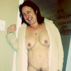 A Smile for Your Day xx - Big Tits, Brunette, Bush Or Hairy, Amateur