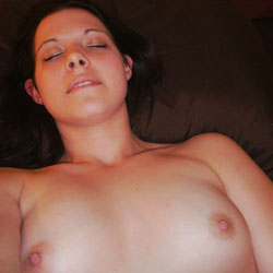 Pussy Play - Brunette, Shaved, Close-Ups, Pussy